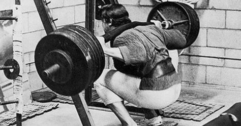 cropped-arnold-squat21.jpg